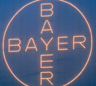 Bayer, Aktie, Kreuz, Cross, Monsanto